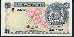 SINGAPORE P1c 1 DOLLAR 1967 #B/98 UNC. - Singapore