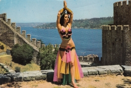 Istanbul - Princesse Banu At Bosphore , Belly Dance - Turchia