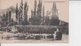 63 CHATEAUNEUF LES BAINS   -  La Passerelle Et Le Chateau  - - France