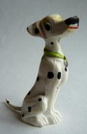 101 DALMATIEN - Figurine JIM - PERDITA Collier Vert - DISNEY - Disney