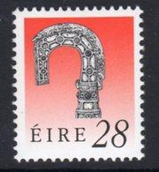 Ireland 1990-7 Heritage Definitives 28p Lismore Crozier, Ordinary Paper, MNH, SG 753a - 1949-... Republik Irland