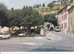 [84] Vaucluse > Cadenet Place Du 4 Septembre Et Vestiges Du Chateau Voiture Car - Cadenet