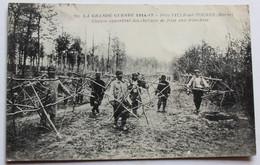 CPA Grande Guerre Ville Sur Tourbe Convoi Apportant Des Chevaux De Frise Aux Tranchées Guerre 14-18 WWI - War 1914-18