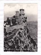 CPSM : 15 X 10,5  - Repubblica  Di  S.  Marino  -  La Prima  Torre - San Marino