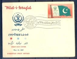 K1278- FDC Of Pakistan Year 1967. Halal-I-Istaqlal. - Pakistan