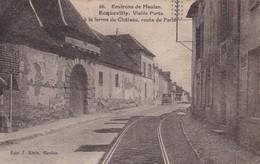 ECQUEVILLY - Vieille Porte à La Ferme Du Château, Route De Paris - France