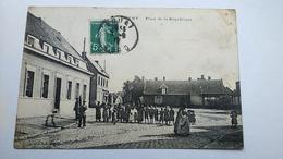 Carte Postale (  S1 ) Ancienne De Dechy , Place De La République - France