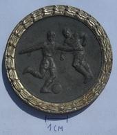 MEDAL Football HUNGARY NEMZETI BAJNOKSAG 1953  KUT - Deportes