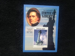St Vincent The Centenary Of The Statue Of Liberty $5.00 S/S - St.Vincent (1979-...)