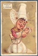 Chromo Doré Or Chocolat De La Compagnie Française Litho Appel Caricature Humour Nourrice Bébé Biberon Coiffe - Unclassified