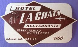HOTEL RESIDENCIA PENSION HOSTAL LA CHATA VIGO SPAIN LUGGAGE LABEL ETIQUETTE AUFKLEBER DECAL STICKER MADRID - Hotel Labels