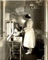 Canadian National Railway CANADA FIRST AID INSTRUCTION 23 * 18  CM Fonds Victor FORBIN (1864-1947) RAILWAY CHEMIN DE FER - Trenes