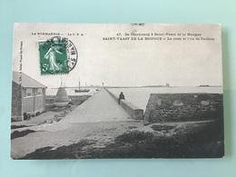 SAINT-VAAST DE LA HOUGUE — La Jetée Et L'Ile De Tatihou - Saint Vaast La Hougue