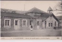 PARIS 13ème (75) : LA SALPETRIERE - QUARTIER DES GRANDES AGITEES ET ANCIENNE CHAPELLE - UNE INFIRMIERE -@ 2 SCANS @- - Distretto: 13