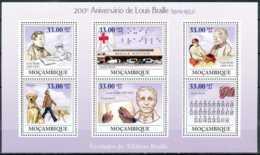 [34217]SUP//**/Mnh-c:20e-N° 2722/27, Mozambique - Personnalité, Louis Braille, Inventeur Du Système D'ecriture En Points - Mosambik