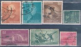 India 1958 / 59 -  Michel  283 + 302 / 05 + 308 + 309  ( Usados ) - 1950-59 República