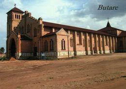 1 AK Ruanda * Die Römisch-katholische Kathedrale In Der Stadt Butare - Erbaut Um 1930 - Die Größte Des Landes * - Rwanda