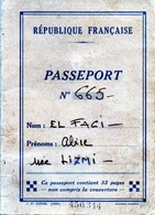 Passeport Français -  établi Au Caire En 1952 - Nonbreux Visas - Vieux Papiers