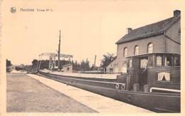 BELGIQUE Belgium ( Hainault - Bernissart ) HARCHIES : Ecluse N° 1 ( Bon 1er Plan PENICHE - Barge ) CPA - Belgien België - Bernissart