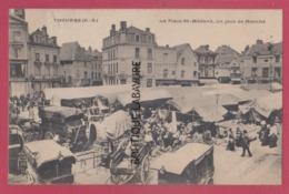 79 - THOUARS---La Place Saint Medard Un Jour De Marché----animé - Thouars