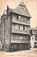 Landerneau (29) - Vieille Maison - Place Du Marché - Landerneau