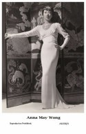 ANNA MAY WONG - Film Star Pin Up PHOTO POSTCARD- Publisher Swiftsure 2000 (A1038-4) - Postales