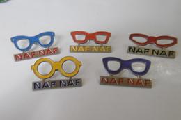 Pin's -marque NAF NAF - Lot De 5 Paires De Lunettes - Badges
