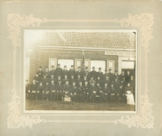 Foto Op Hard Karton Kortemark Oud Soldaten 1909 Cortemarck Herberg Den Groenen Boomgaard (René Hoornaert) - Kortemark