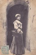 CPA 37 @ TOURS - Jeune Femme TOURANGELLE élégante En 1906 Allant Au Marché Avec Son Panier D'osier - Tours