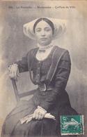 CPA 17 @ LA ROCHELLE - MARANDAISE (MARANS) Coiffure De Ville En 1912 - Femme Jeune Fille Assise - La Rochelle