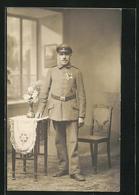 AK Soldat Mit Eisernem Kreuz, Uniformfoto - Guerre 1914-18