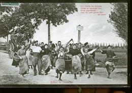 RETOUR DE VENDANGES                          JLM - Autres Communes