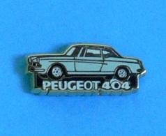 1 PIN'S  //  ** PEUGEOT 404 ** . (Helium Paris) - Peugeot