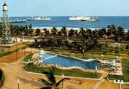 """CPM - TOGO - LOME - La Piscine Et Les Jardins De L'Hôtel Le """"Bénin"""" - Togo"""