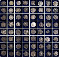 Antike: Eine Auf 14 Schuber Verteilten Sammlung Von Insgesamt 720 Antiken Münzen: Griechische Münzen - Antiche