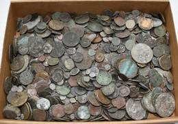 Antike: Mehr Als 4 Kg An Münzen Aus Der Antike. Alle Münzen Unbestimmt Und Nicht Durchgeschaut, Ob E - Antiche