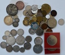 Alle Welt: Lot Diverse Münzen Aus Aller Welt, Dabei Auch 12 Münzen Aus Bulgarien, Bisschen Silber Un - Coins