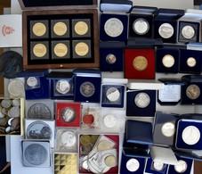 Medaillen Deutschland: Lot Diverser Medaillen, überwiegend Aus Silber, Modern Aus Deutschland Mit Be - Germany