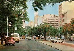 CPM - MAPUTO - Vue Partielle De L'Avenue Du 24 Juillet (voitures) - Mozambique