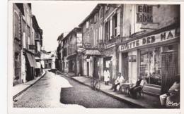 13 -- Bouches-du-Rhône -- Tarascon -- Rue Des Halles -- Salon De Coiffure Bonhoure - Pâtisserie - Bar/tabac - Tarascon
