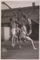 Basket Bal Baskett Ball Demi Finale A Paris  Bon Conseil Contre Sa Parisienne  17 * 11 CM Fonds Victor FORBIN 1864-1947 - Deportes