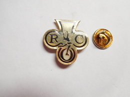 Beau Pin's , ROC , Rouen Olympic Club - Club De Patinage à Rouen , Seine Maritime - Patinaje Artístico