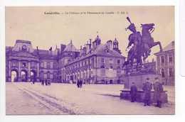 - CPA LUNÉVILLE (54) - Le Château Et Le Monument De Lasalle (avec Personnages) - - Luneville