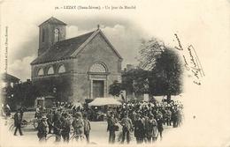 79 - LEZAY - DEUX SEVRES - UN JOUR DE MARCHE - ANIMEE - VOIR SCANS - France