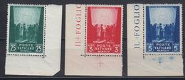 Vatican City 1946 Hilfswerk 3v  (corners) ** Mnh (42761) - Vaticaanstad