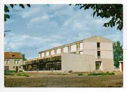 - CPM LUNÉVILLE (54) - INSTITUTION SAINT-PIERRE-FOURIER - Le Réfectoire Et Le Bâtiment... - Luneville