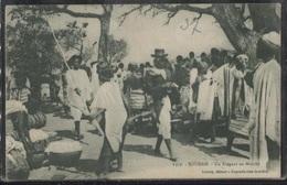 CPA - SOUDAN - Un élégant Au Marché - Sudan