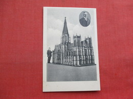 Model  Cathedral  New York   Built By W. Lempertz Coesfield I.W.   Ref 3358 - Craft