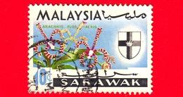 MALESIA - MALAYSIA - Usato - SARAVAK - 1965 - Fiori - Orchidee - Arachnis Flos-aeris - Stemmi Araldici - 10 - Malesia (1964-...)
