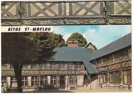 Rouen - Aitre Ou Cloitre St Maclou, Cimetière à Galerie, Les Frises Décorées De Curieux Motifs Macabres (Seine-Maritime) - Rouen